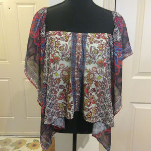 Flying tomato  cropped butterfly sleeved blouse